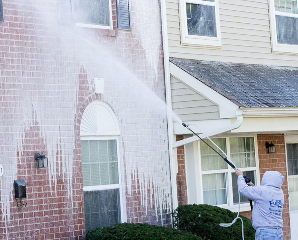 Hire A Pressure Washing Service. Here's Why!
